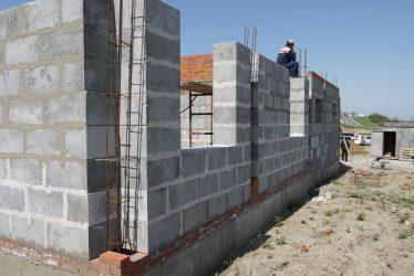 Строительство дома из полистиролбетонных блоков своими руками